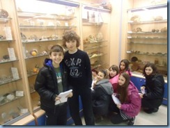 Οι μαθητές της Ε΄ τάξης  κατά την περιήγησή τους στο Μουσείο Φυσικής Ιστορίας του Κολεγίου