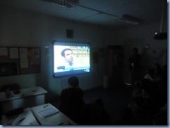 Παρακολούθηση ενημερωτικών ταινιών σχετικά με τις μορφές και τους τρόπους αντιμετώπισης της σχολικής βίας.